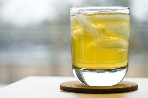 Uống trà đá nhiều có thể gây hỏng thận: Chuyên gia nói gì?