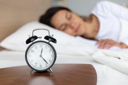 4 mẹo chống 'ăn gian giấc ngủ'