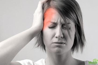 Đau đầu kéo dài - dấu hiệu rối loạn mạch máu